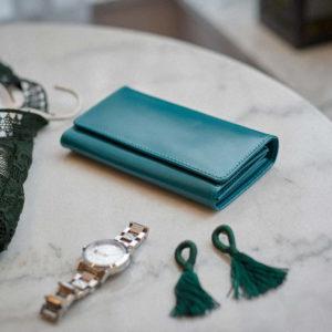 turkusowy portfel