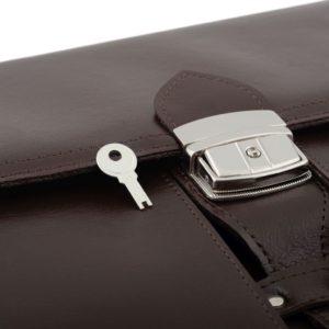 teczka brązowa kluczyk
